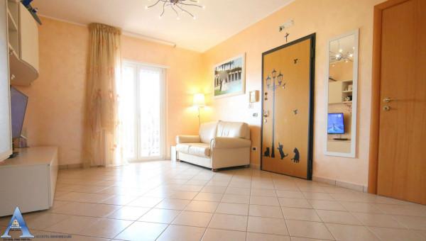 Appartamento in vendita a Monteiasi, Centrale, 110 mq - Foto 1