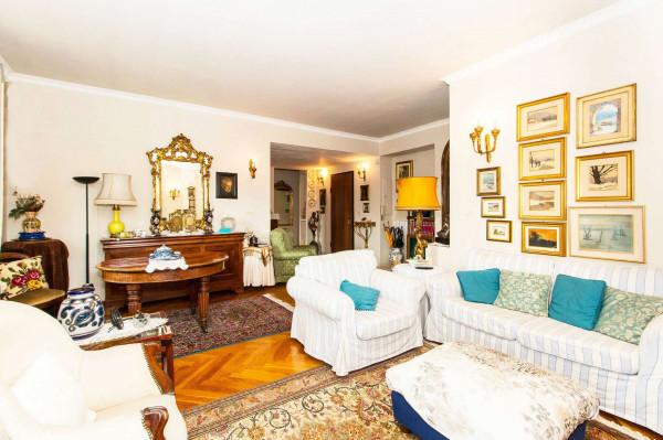 Appartamento in vendita a Torino, 190 mq