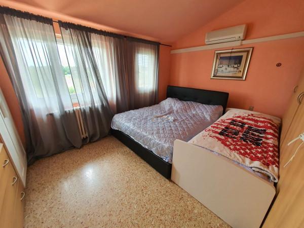 Appartamento in vendita a Rivolta d'Adda, Residenziale, Con giardino, 90 mq