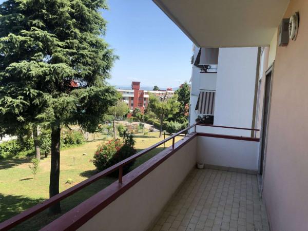 Appartamento in affitto a Sant'Anastasia, Centrale, Con giardino, 120 mq
