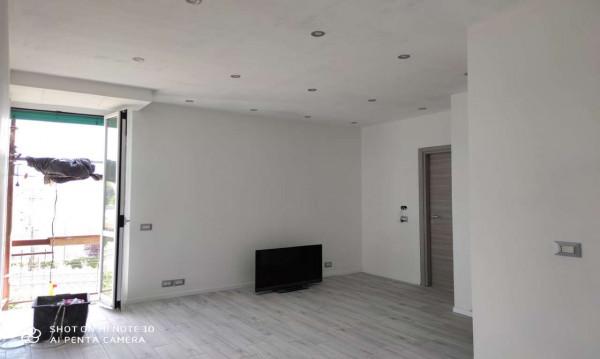 Appartamento in vendita a Milano, Affori, 70 mq
