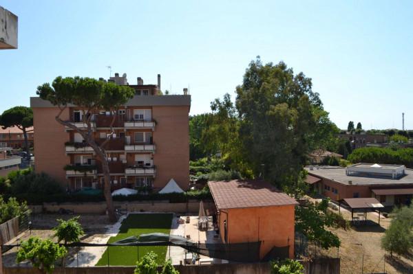 Appartamento in vendita a Roma, Acilia, 90 mq