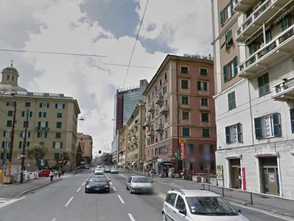 Appartamento in affitto a Genova, Centro, 150 mq