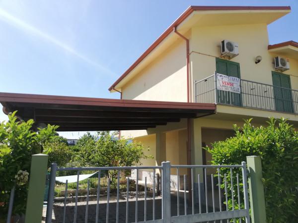 Villetta a schiera in vendita a Villapiana, Scalo, Con giardino, 100 mq