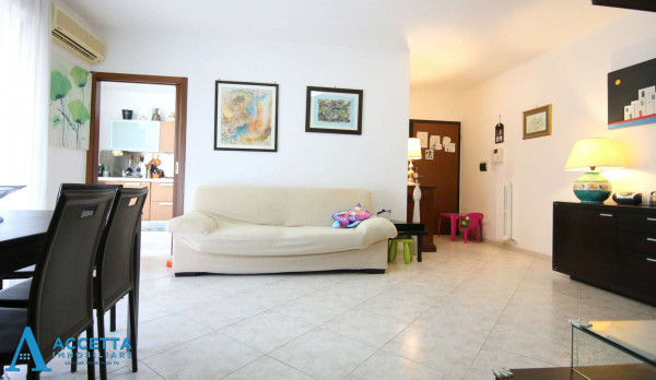 Appartamento in vendita a Taranto, Rione Laghi - Taranto 2, 93 mq - Foto 17