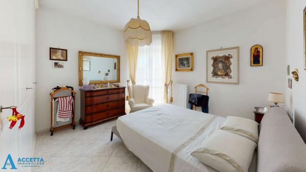 Appartamento in vendita a Taranto, Rione Laghi - Taranto 2, 93 mq - Foto 6