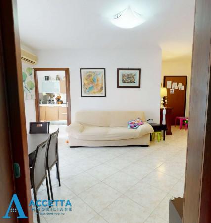Appartamento in vendita a Taranto, Rione Laghi - Taranto 2, 93 mq - Foto 8