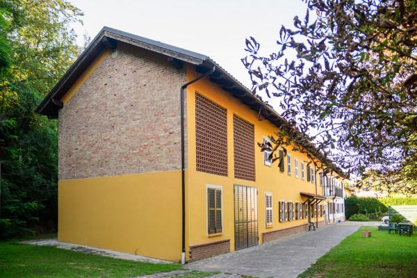 Rustico/Casale in vendita a Castell'Alfero, Callianetto, Con giardino, 471 mq