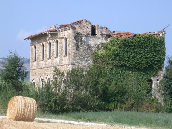 Locale Commerciale  in vendita a Assisi, Castelnuovo, Con giardino, 380 mq - Foto 9
