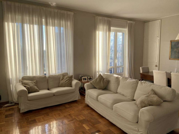 Appartamento in affitto a Milano, C.so P.ta Vittoria, 150 mq - Foto 1
