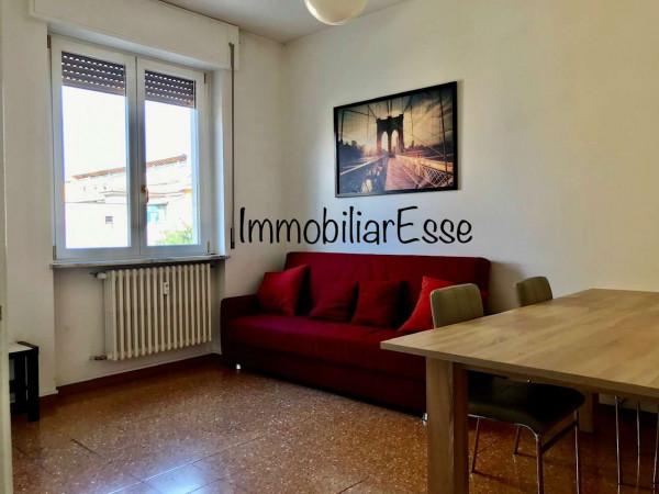 Appartamento in affitto a Milano, Montenero, 80 mq