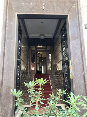 Immobile in affitto a Milano, Repubblica, Arredato, 150 mq