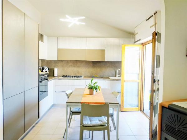 Appartamento in vendita a Città di Castello, Madonna Del Vento, Con giardino, 90 mq