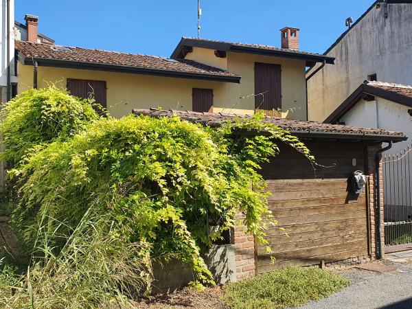 Casa indipendente in vendita a Borghetto Lodigiano, Residenziale, Con giardino, 130 mq