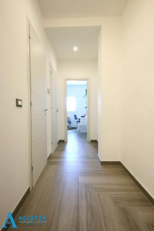 Appartamento in vendita a Taranto, Rione Italia, Montegranaro, 116 mq - Foto 9