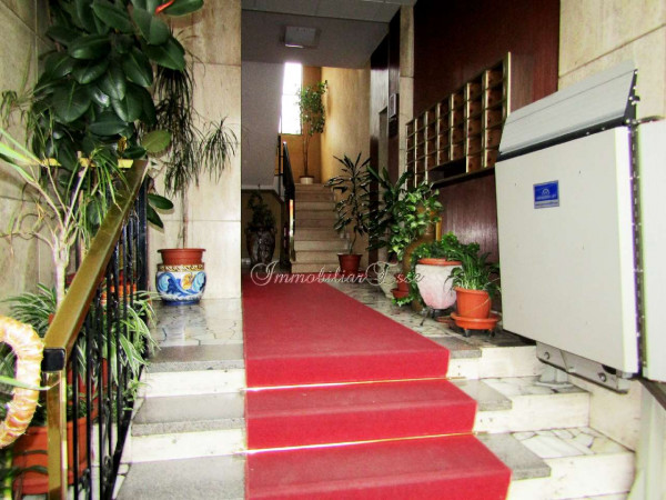 Appartamento in vendita a Milano, Famagosta, 100 mq - Foto 1