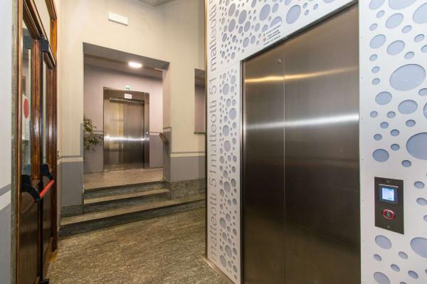 Ufficio in affitto a Torino, 200 mq