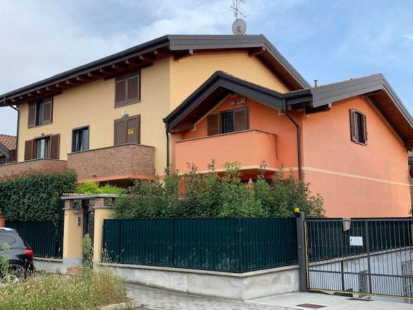 Appartamento in vendita a Caronno Pertusella, Pertusella, Arredato, 130 mq - Foto 3