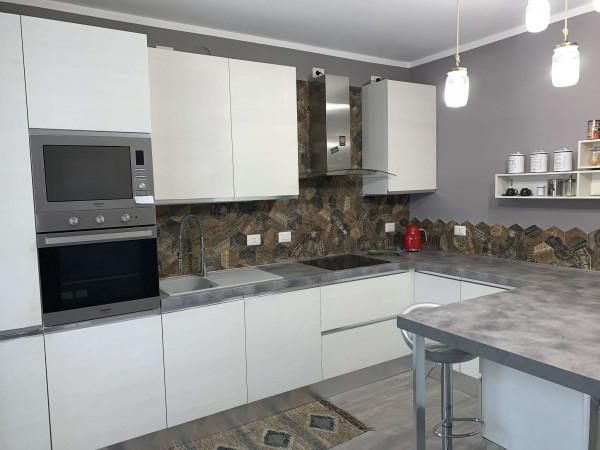 Appartamento in vendita a Caronno Pertusella, Pertusella, Arredato, 130 mq - Foto 24
