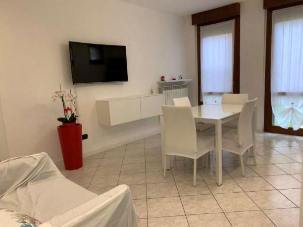 Appartamento in vendita a Cesate, Centro, Con giardino, 60 mq - Foto 1