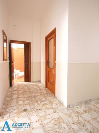 Casa indipendente in vendita a Faggiano, 240 mq - Foto 11