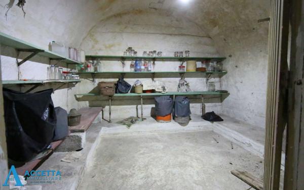 Casa indipendente in vendita a Faggiano, 240 mq - Foto 4