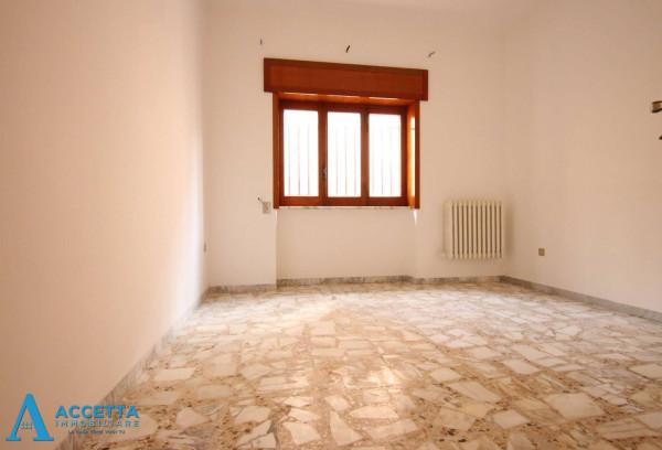 Casa indipendente in vendita a Faggiano, 240 mq - Foto 9