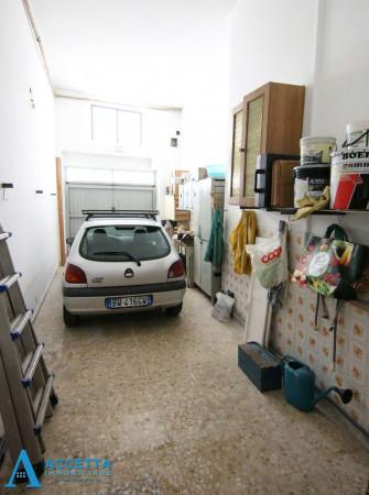 Casa indipendente in vendita a Faggiano, 240 mq - Foto 6