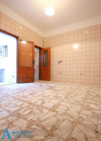 Casa indipendente in vendita a Faggiano, 240 mq - Foto 13