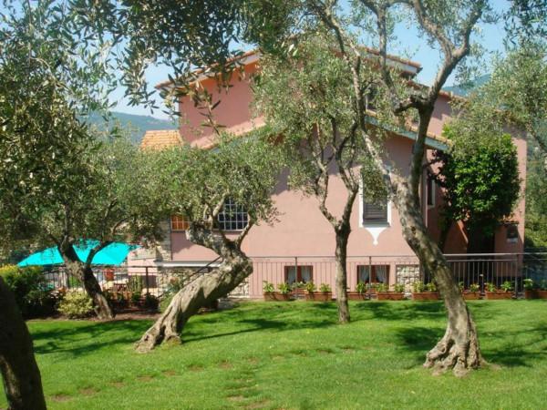 Villa in vendita a Rapallo, Castellino, Con giardino, 500 mq - Foto 1