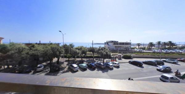 Appartamento in vendita a Lavagna, Centrale, 90 mq