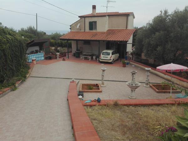 Villa in vendita a Sant'Agata di Militello, Periferica, Con giardino, 130 mq