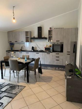 Appartamento in affitto a Caronno Pertusella, 55 mq - Foto 1