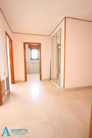 Appartamento in vendita a Taranto, Tre Carrare - Battisti, 95 mq - Foto 11