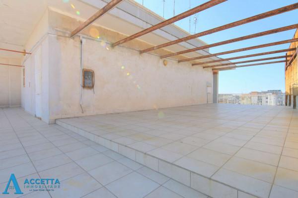 Appartamento in vendita a Taranto, Tre Carrare - Battisti, 95 mq - Foto 18