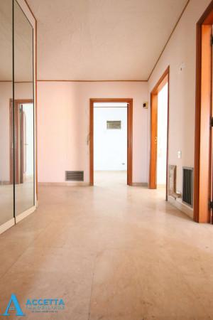 Appartamento in vendita a Taranto, Tre Carrare - Battisti, 95 mq - Foto 14