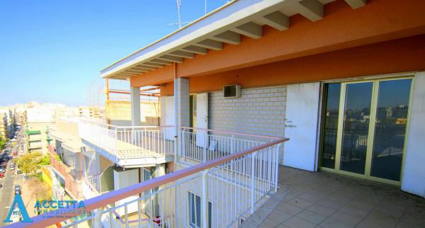 Appartamento in vendita a Taranto, Tre Carrare - Battisti, 95 mq