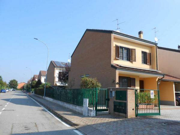 Villa in vendita a Tribiano, Residenziale, Con giardino, 250 mq - Foto 2