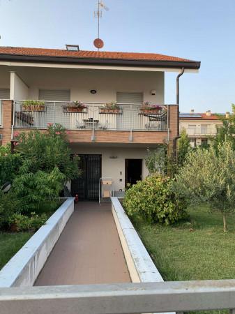 Villa in vendita a Solaro, Con giardino, 190 mq