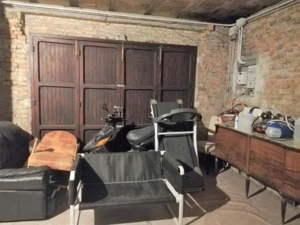 Casa indipendente in vendita a Civitanova Marche, Civitanova Alta, 300 mq - Foto 2