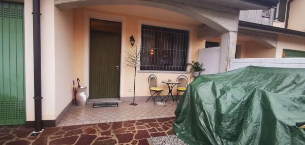 Villetta a schiera in vendita a Cremosano, Residenziale, Con giardino, 165 mq