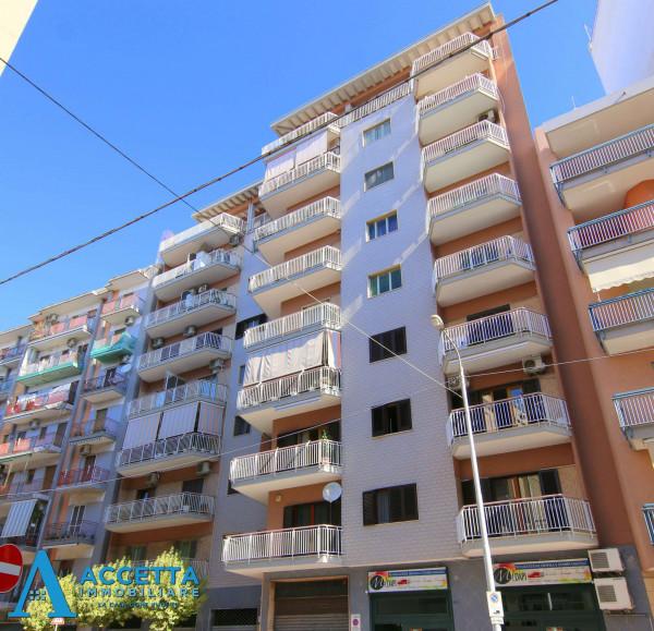 Appartamento in vendita a Taranto, Tre Carrare - Battisti, 130 mq - Foto 1