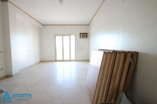 Appartamento in vendita a Taranto, Tre Carrare - Battisti, 130 mq - Foto 9