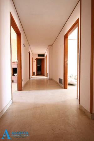 Appartamento in vendita a Taranto, Tre Carrare - Battisti, 130 mq - Foto 16