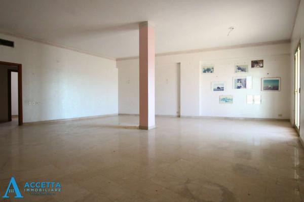 Appartamento in vendita a Taranto, Tre Carrare - Battisti, 130 mq - Foto 11