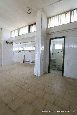 Locale Commerciale  in vendita a Taranto, Lama, 220 mq - Foto 13