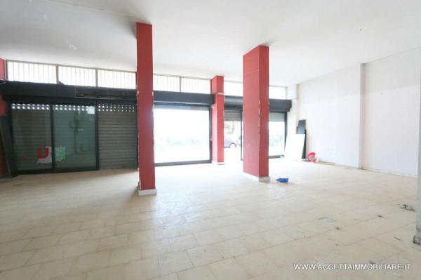 Locale Commerciale  in vendita a Taranto, Lama, 220 mq - Foto 5