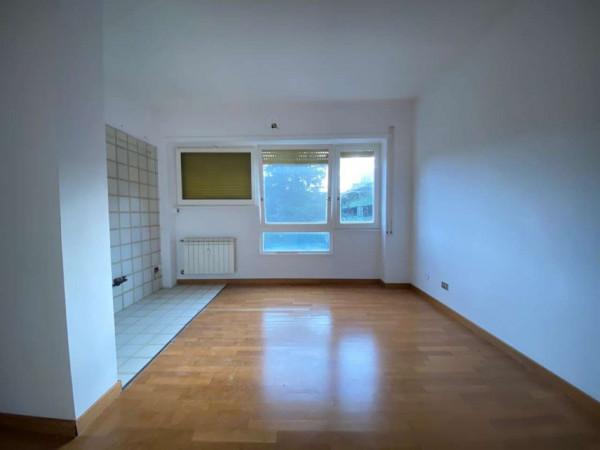 Appartamento in vendita a Roma, Mostacciano, 50 mq