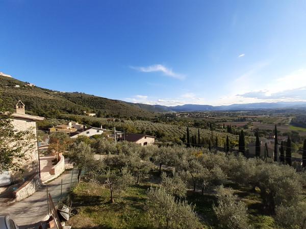 Casa indipendente in vendita a Campello sul Clitunno, Periferia, Con giardino, 126 mq