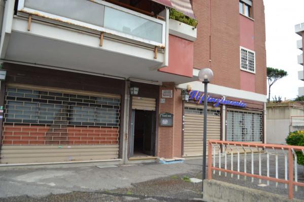 Locale Commerciale  in vendita a Roma, Monti San Paolo Romagnoli, 160 mq